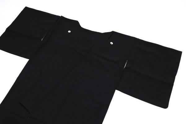 鴛鴦に鶴文の黒留袖