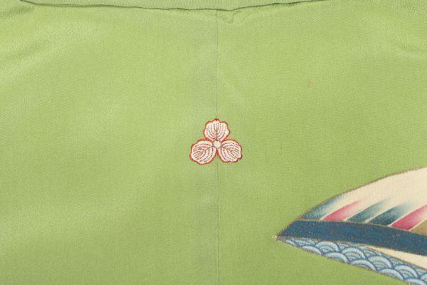 傘と扇面図のアンティーク中振袖