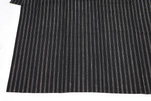 黒地の工芸・伊兵衛織の紬 着物